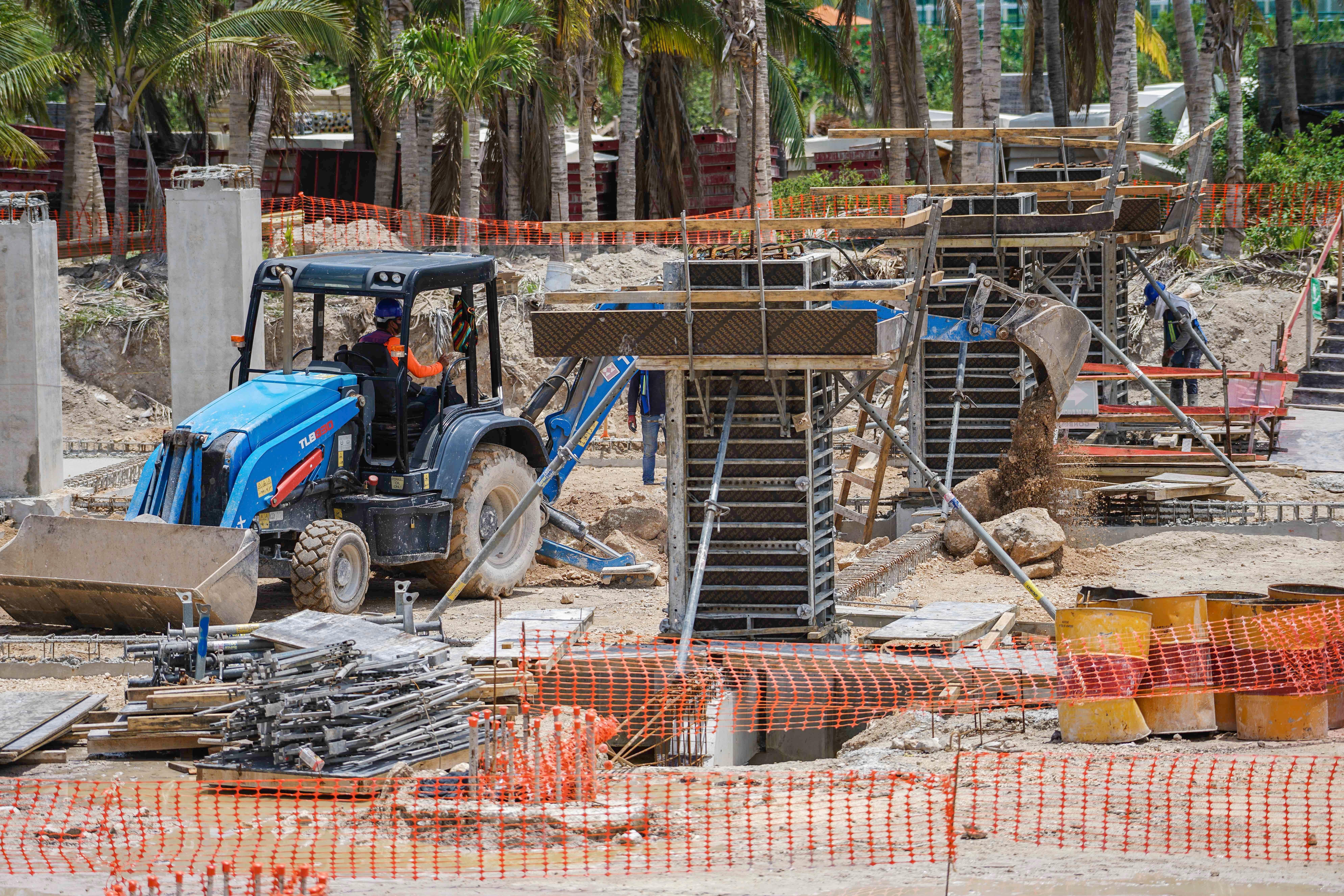 sls-marina-beach-inicio-construccion-5