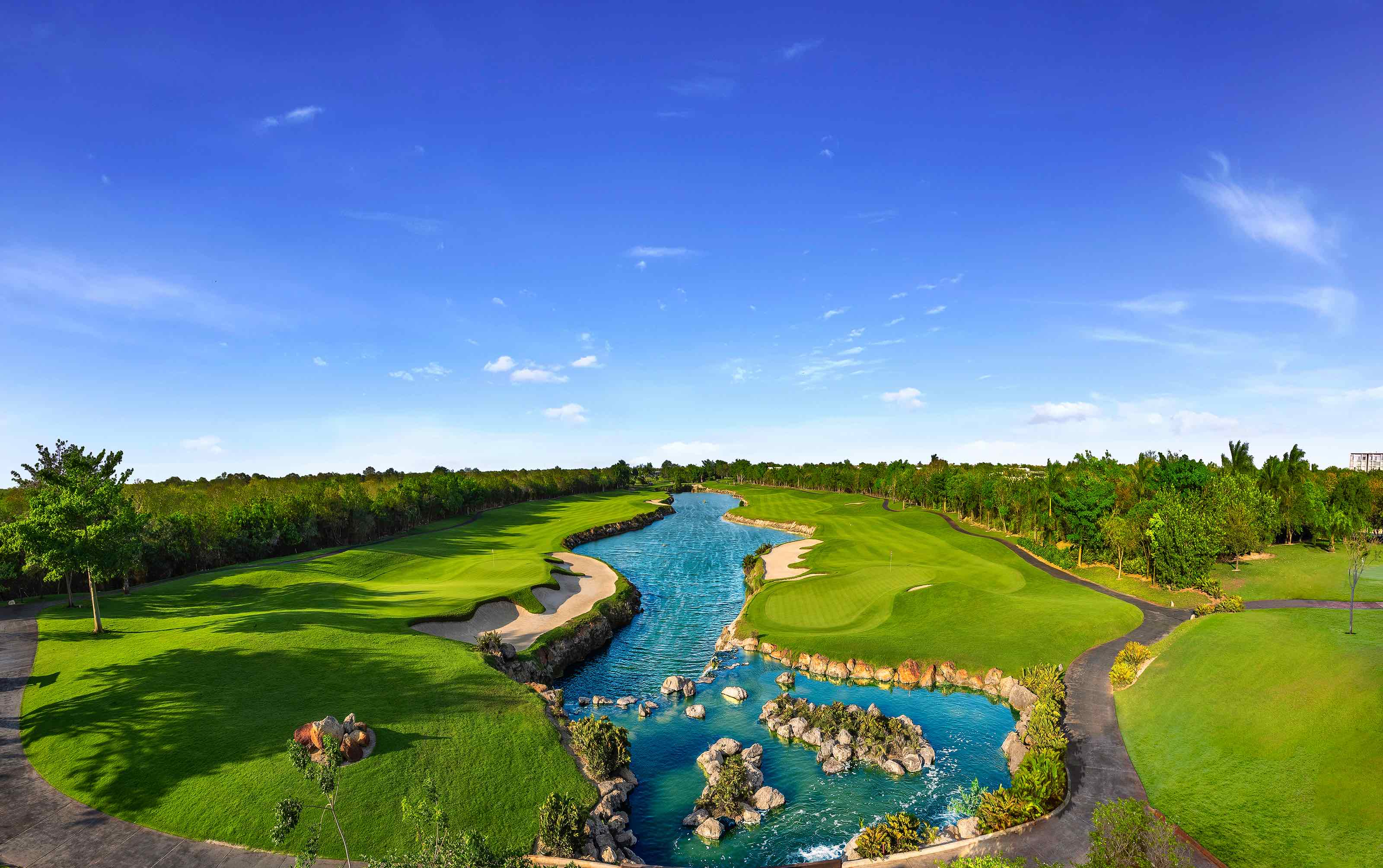 El Jaguar Golf Course - Web