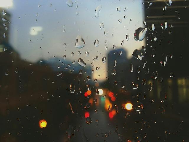 rain-drops-336527_640