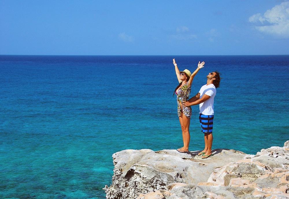 isla-mujeres-en-pareja-1.jpg