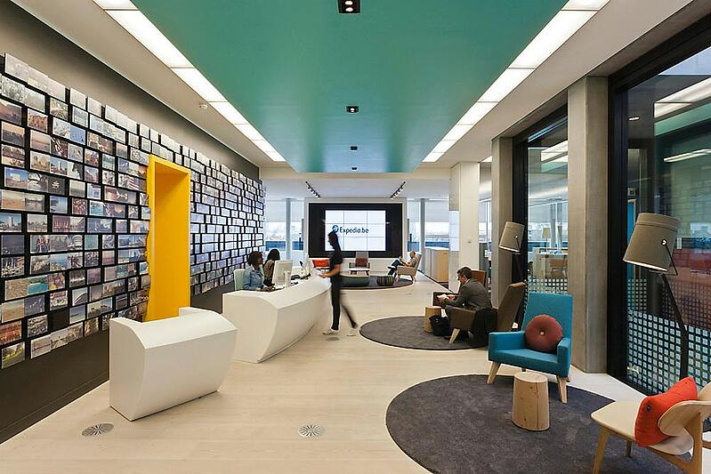 expedia-london-office-lobby-with-employee-travel-photos-decorating-the.jpg