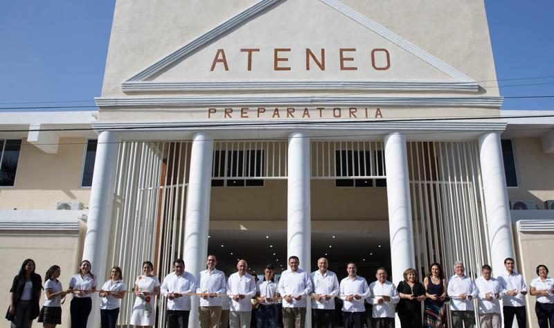 Ateneo_escuelas_cerca_Country_towers_merida