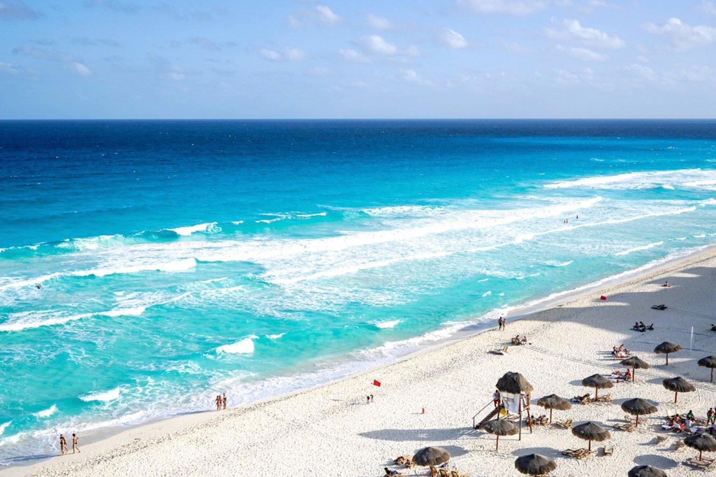 playa delfines cancun playas de mexico