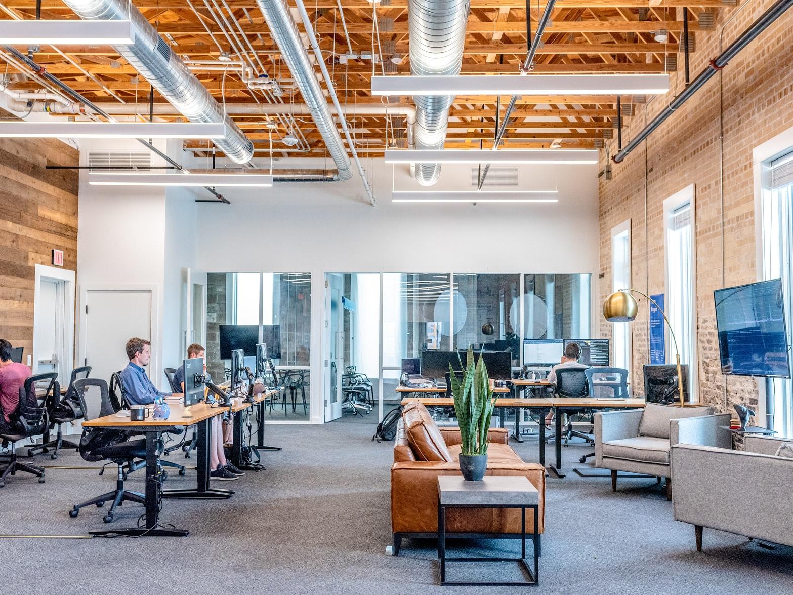 oficina-con-distanciamiento-social