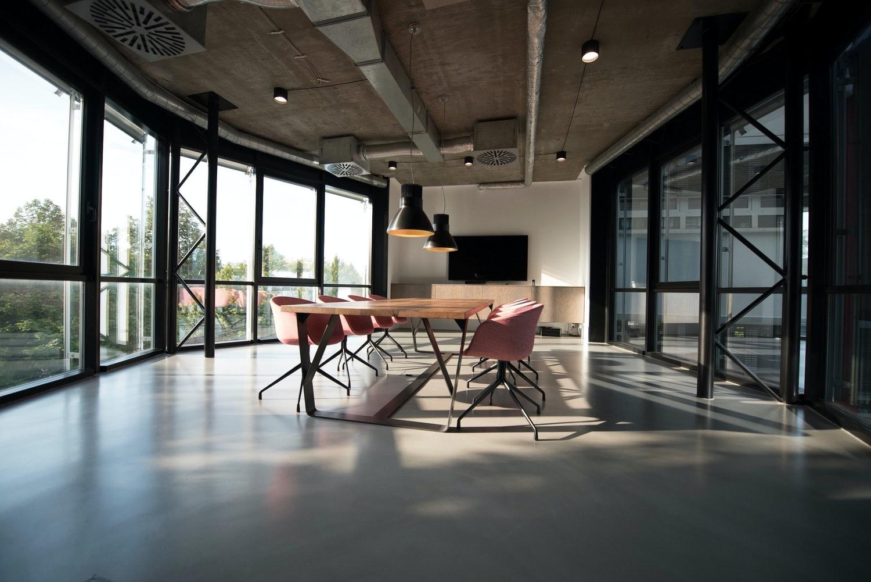 oficina-con-sistema-de-ventilacion